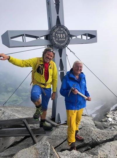 Bundespräsident Frank-Walter Steinmeier mit Bergführer Christoph Hainz auf der Westlichen Floitenspitze